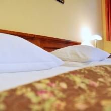 Biała pościel gwarantuje czystość, styl i komfort